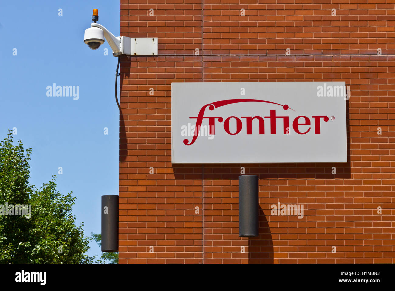 Frontier Fort Wayne >> Ft Wayne In Circa July 2016 Frontier Communications Signage