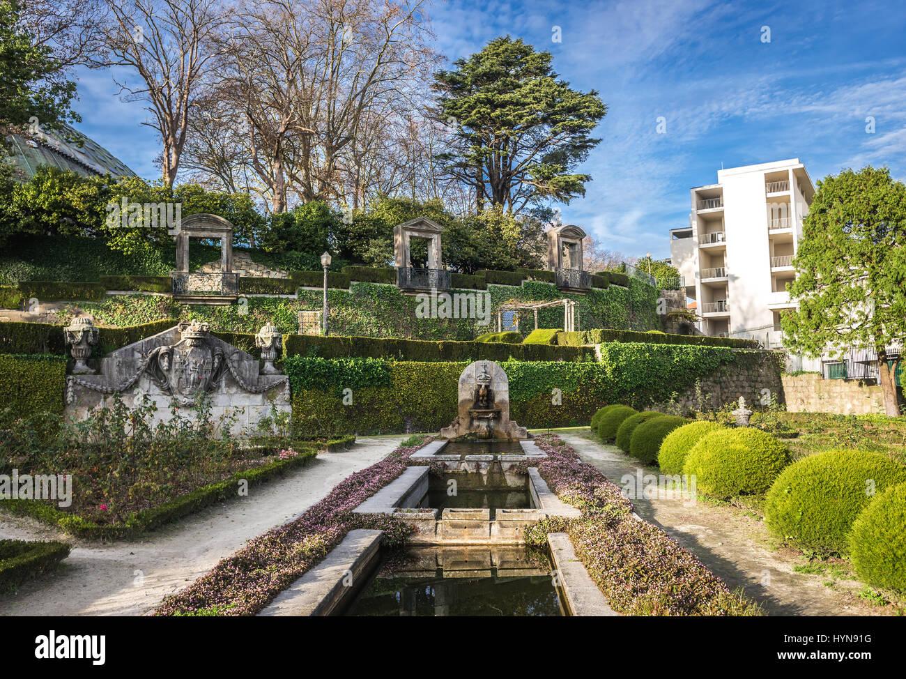 Crystal palace gardens jardins do palacio de cristal in for Jardines del palacio de cristal oporto
