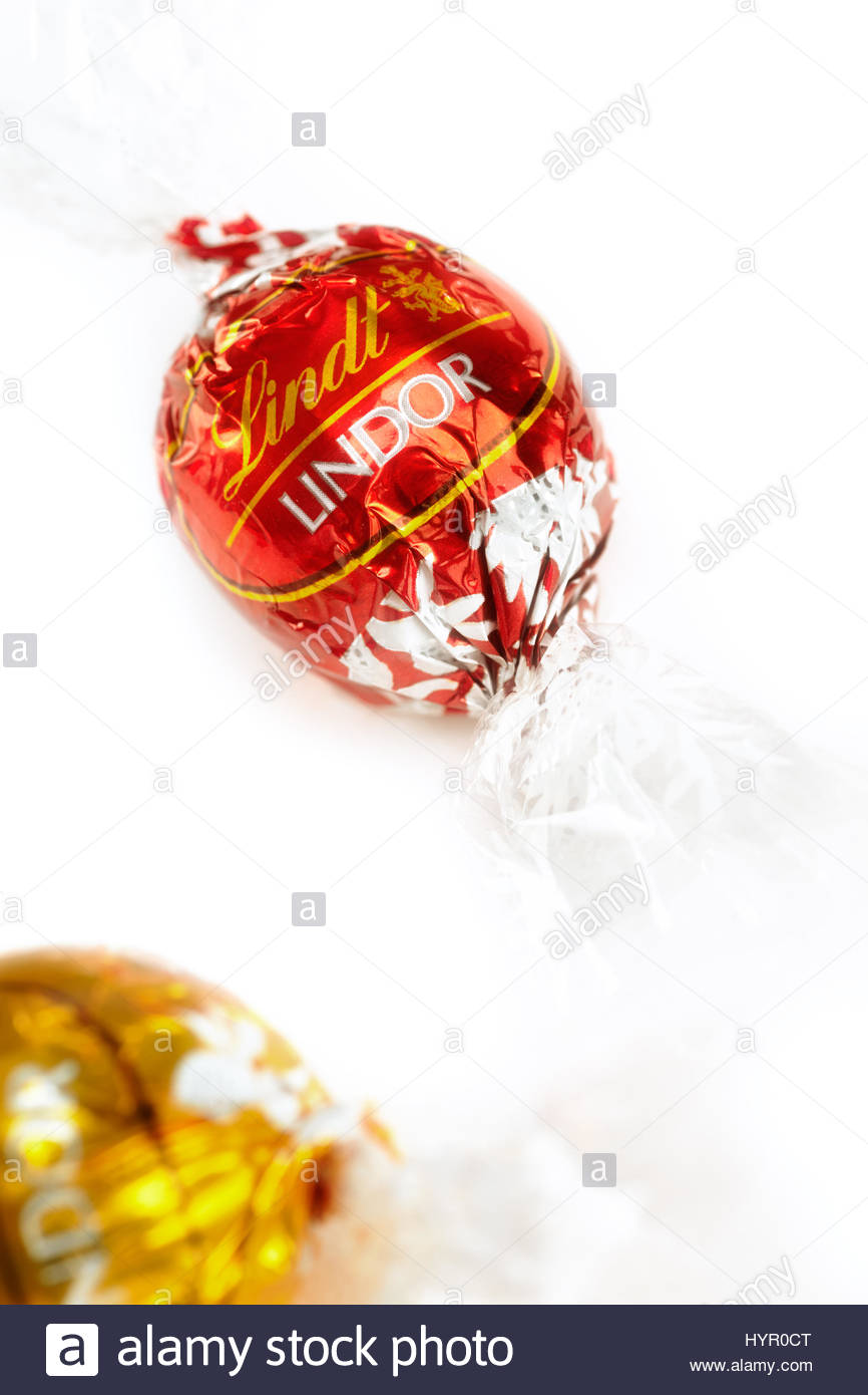Lindt Chocolates by Lindor on white background: Editorial photo ...