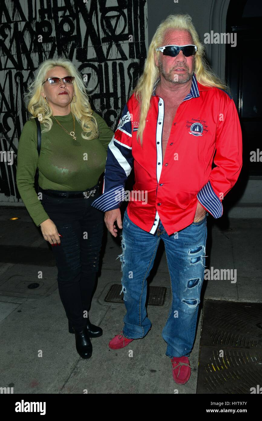 Dog The Bounty Hunter And Wife Beth Smith Having Dinner At