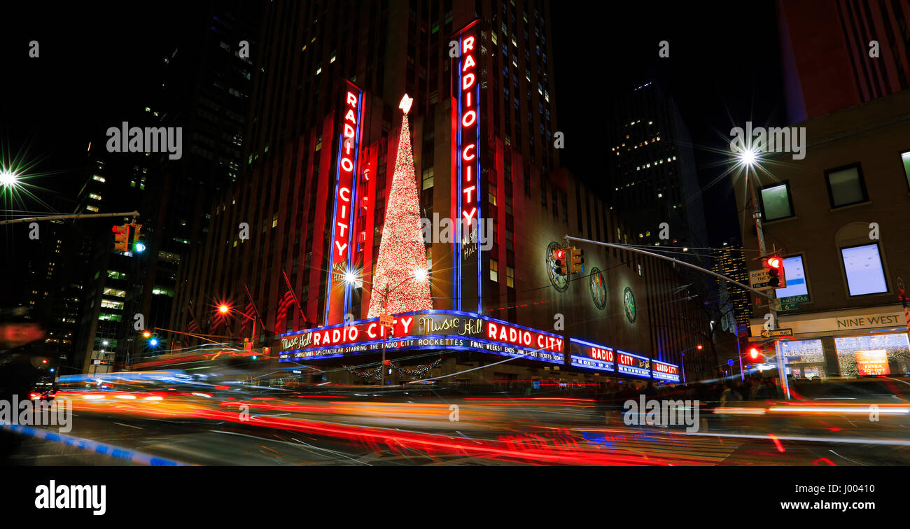 New york city usa january 1 2017 bright christmas for New york in christmas 2017