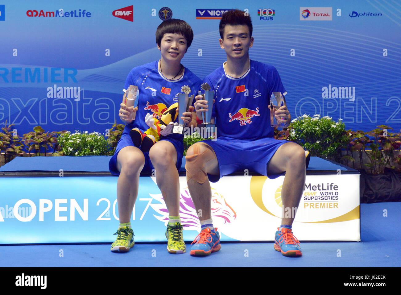 Kuching Malaysia 9th Apr 2017 China s Zheng Siwei R and Chen