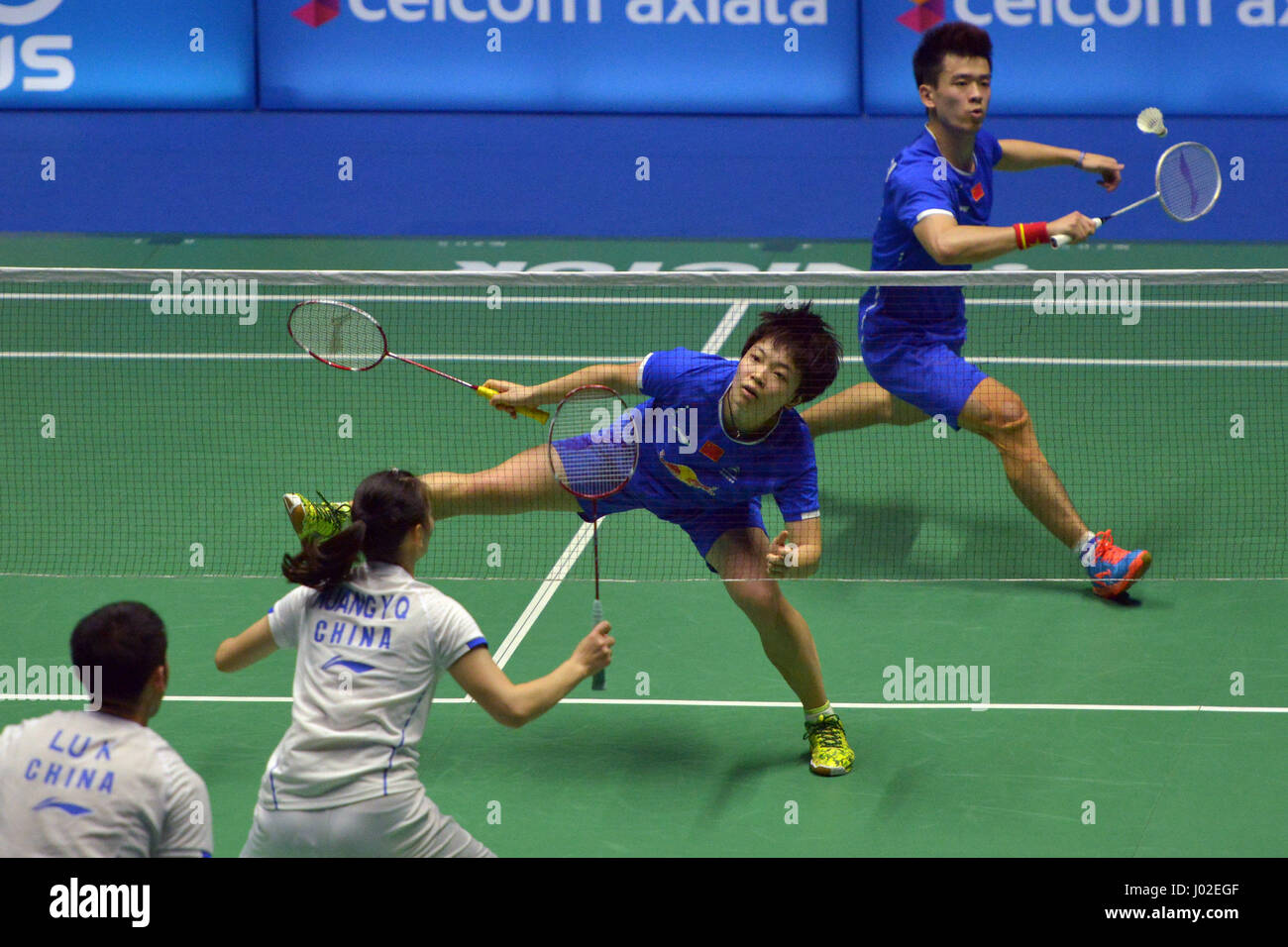 Kuching Malaysia 9th Apr 2017 China s Zheng Siwei 1st R and