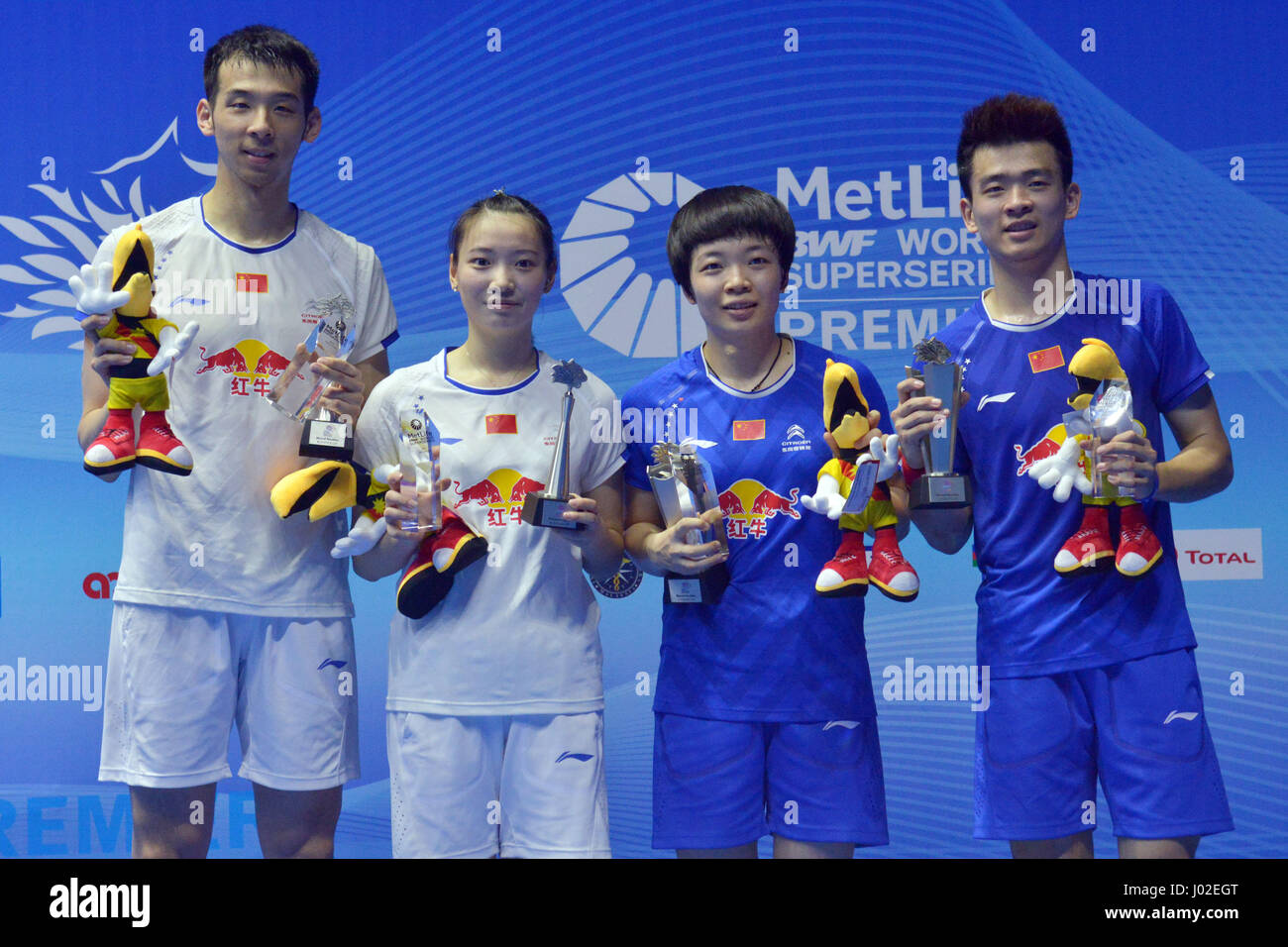 Kuching Malaysia 9th Apr 2017 China s Zheng Siwei 1st R Chen