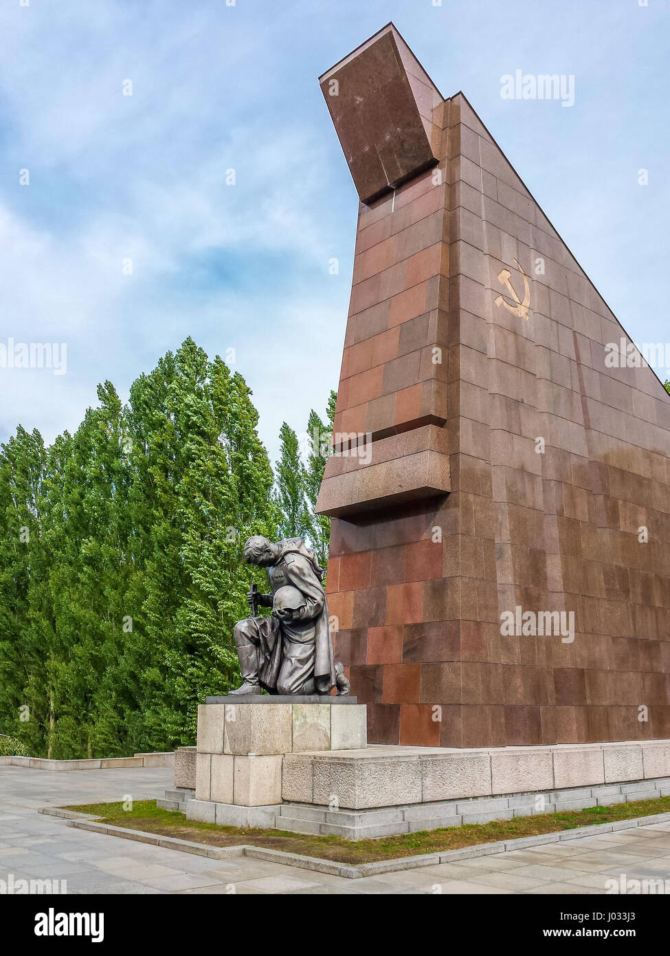 russian soldier statue in treptower park berlin germany stock photo royalty free image. Black Bedroom Furniture Sets. Home Design Ideas