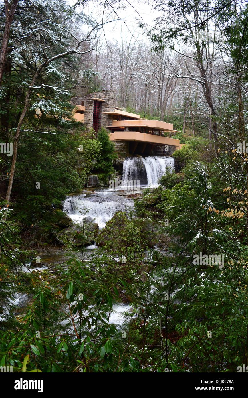 Frank Lloyd Wright Fallingwater Mill Run PA Pennsylvania Laurel