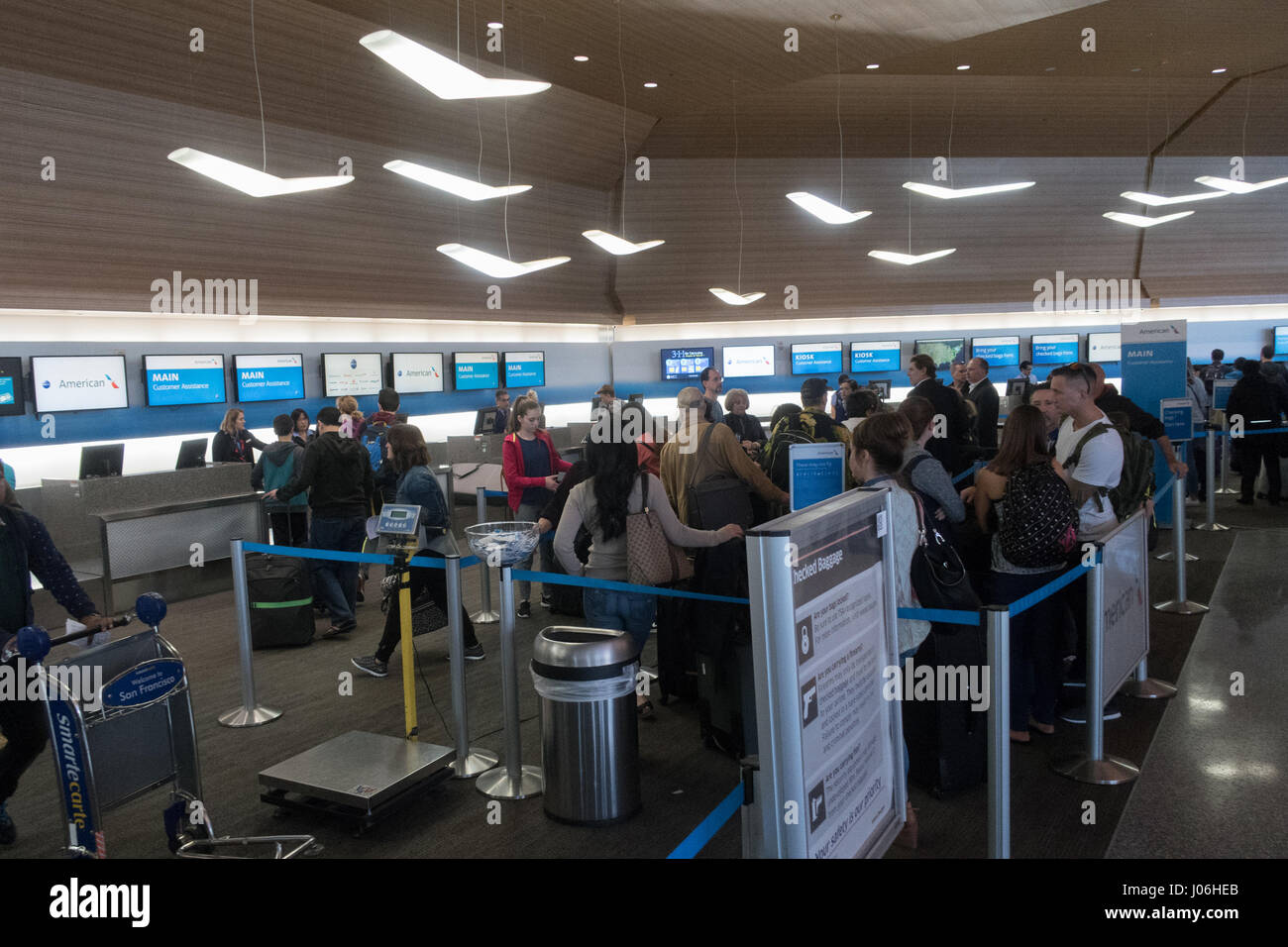 American Airlines check in desks at San Francisco ... American Airlines Check In