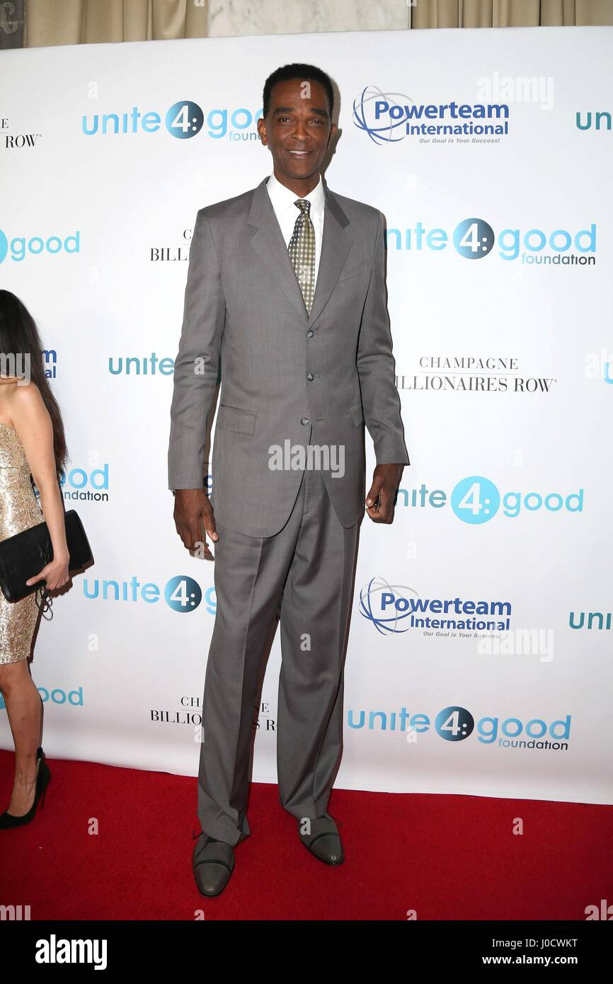 Ralph Sampson at arrivals for 4th Annual unite4 humanity Gala The