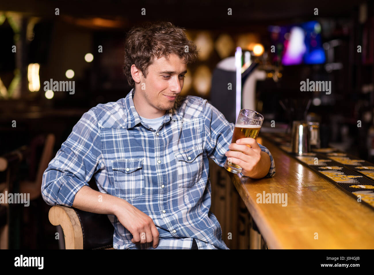 somes bar single men Some single fathers may even avoid dating  meeting single christian men is the desire of many single christian women who are looking for someone to get .