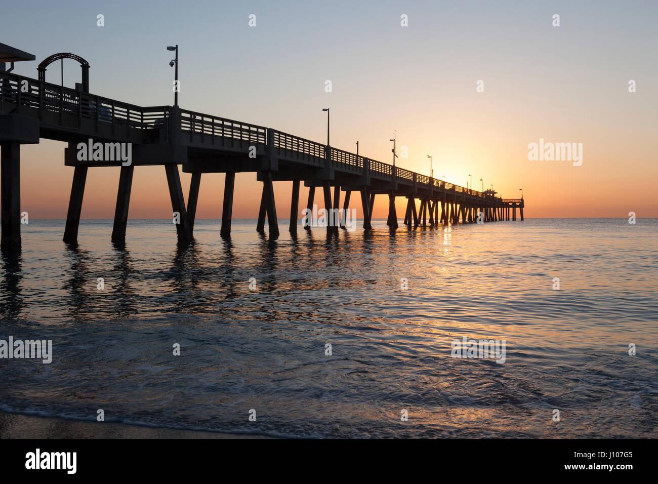 Dania beach fishing pier at sunrise hollywood beach for Hollywood florida fishing