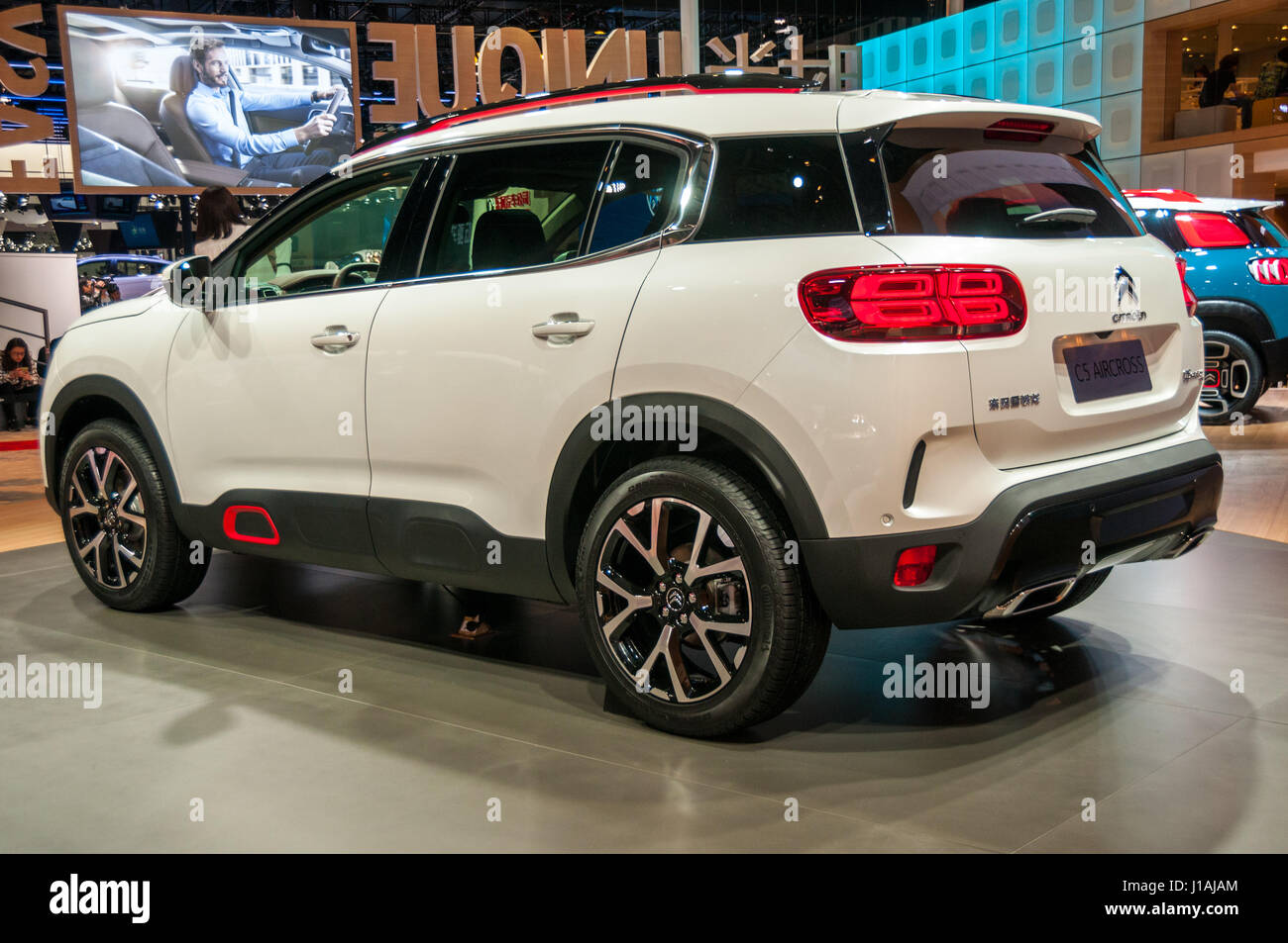 shanghai china 19th apr 2017 citroen c5 aircross from dongfeng stock photo 138531532 alamy. Black Bedroom Furniture Sets. Home Design Ideas