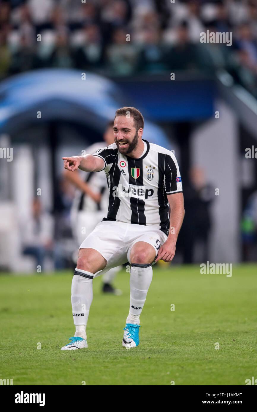 Turin Italy 11th Apr 2017 Gonzalo Higuain Juventus Stock
