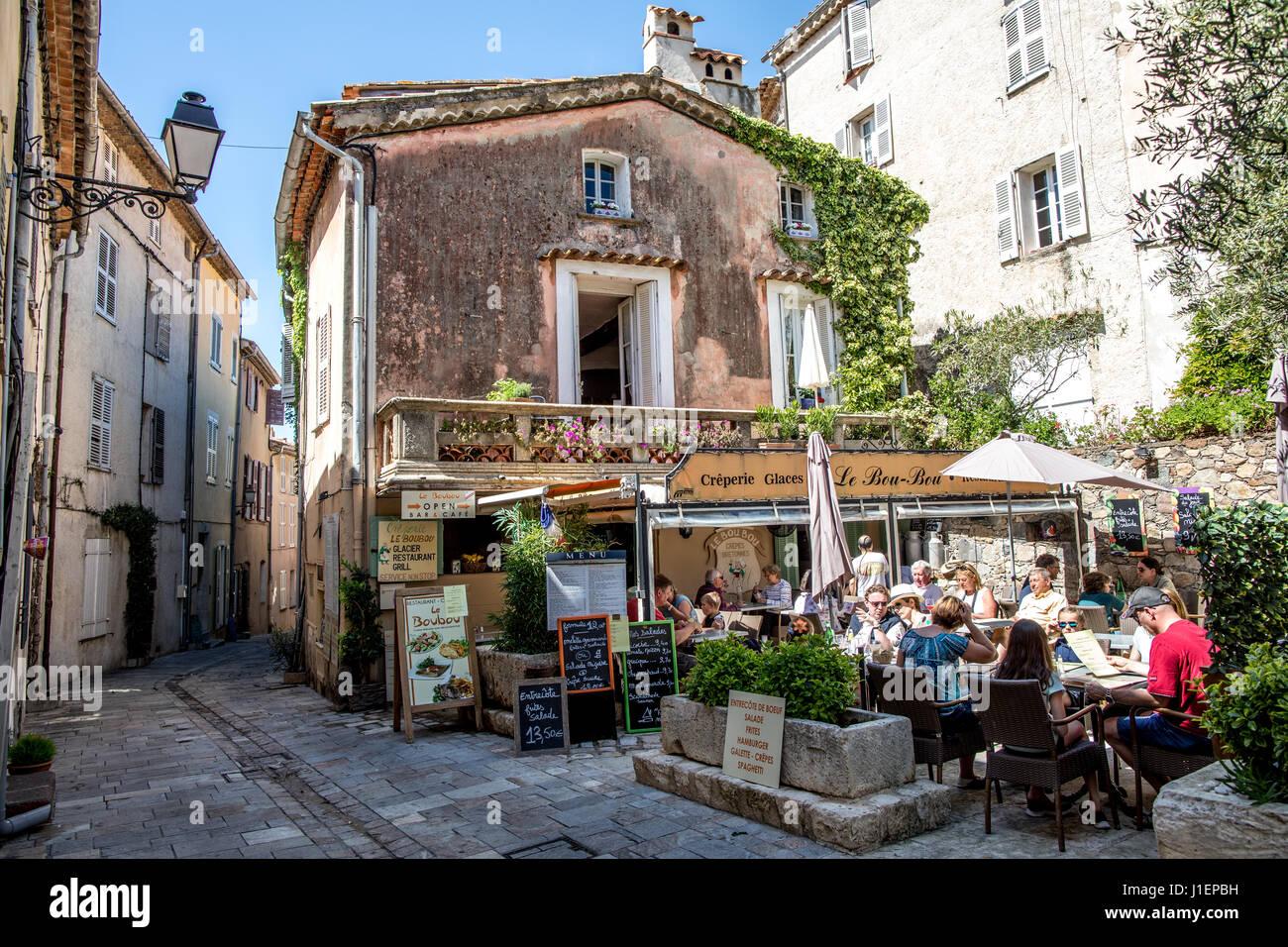 restaurant in grimaud medieval village cote d 39 azure france stock photo 138622501 alamy. Black Bedroom Furniture Sets. Home Design Ideas