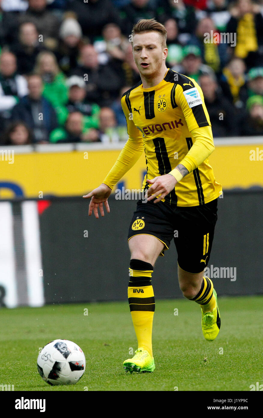 Moenchengladbach Germany 22nd Apr 2017 Dortmund s Marco Reus