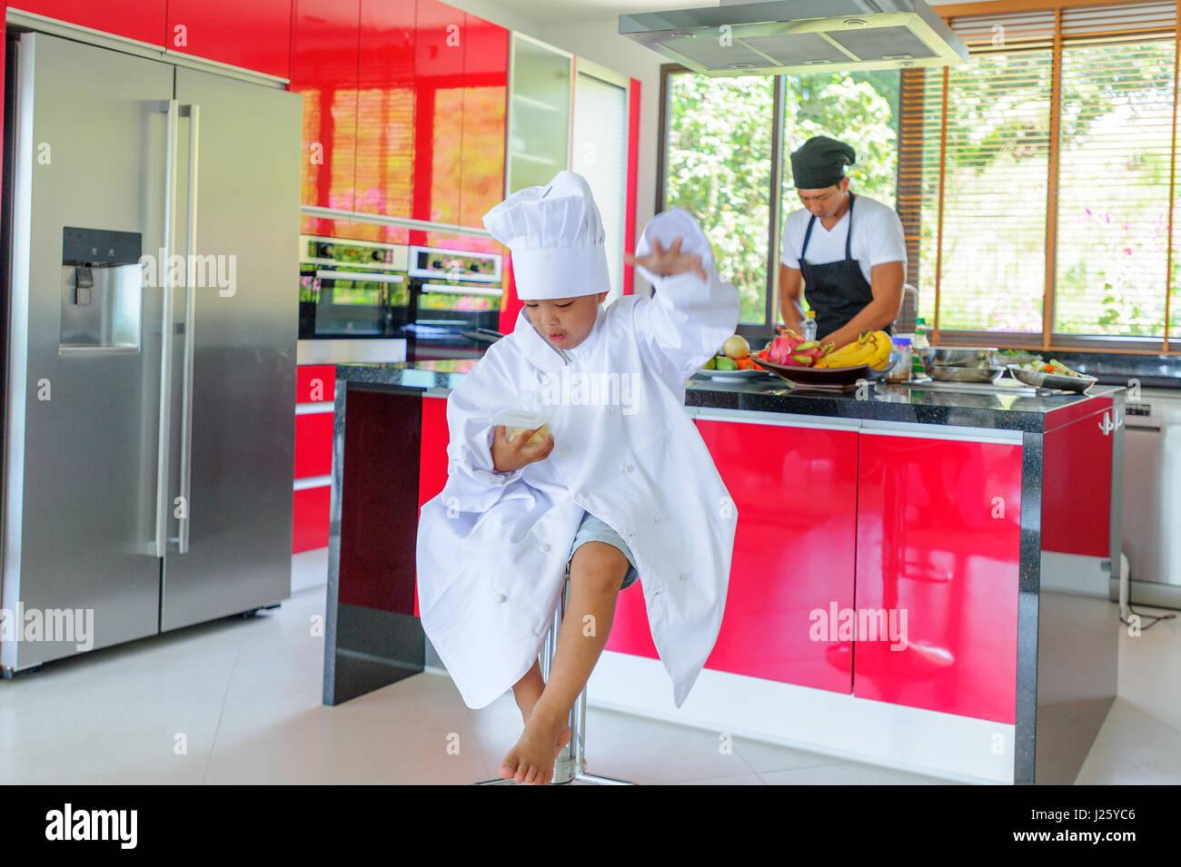 Thai Home Kitchen Thai Chef Kitchen Stock Photos & Thai Chef Kitchen Stock Images