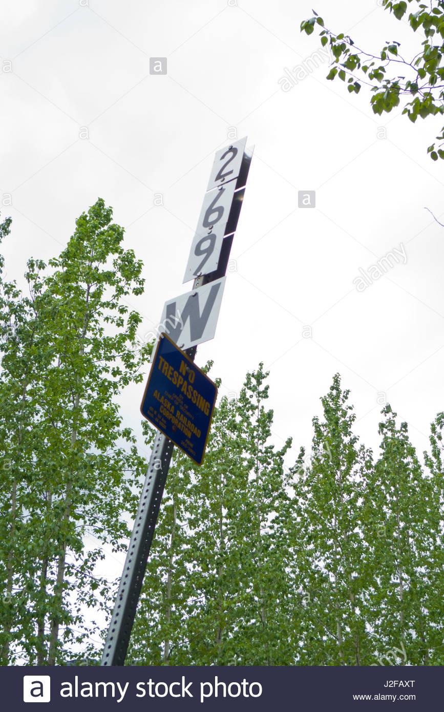 Alaska matanuska susitna county talkeetna - Mileage Sign On Metal Pole Talkeetna Mountains Matanuska Susitna Borough Alaska Usa