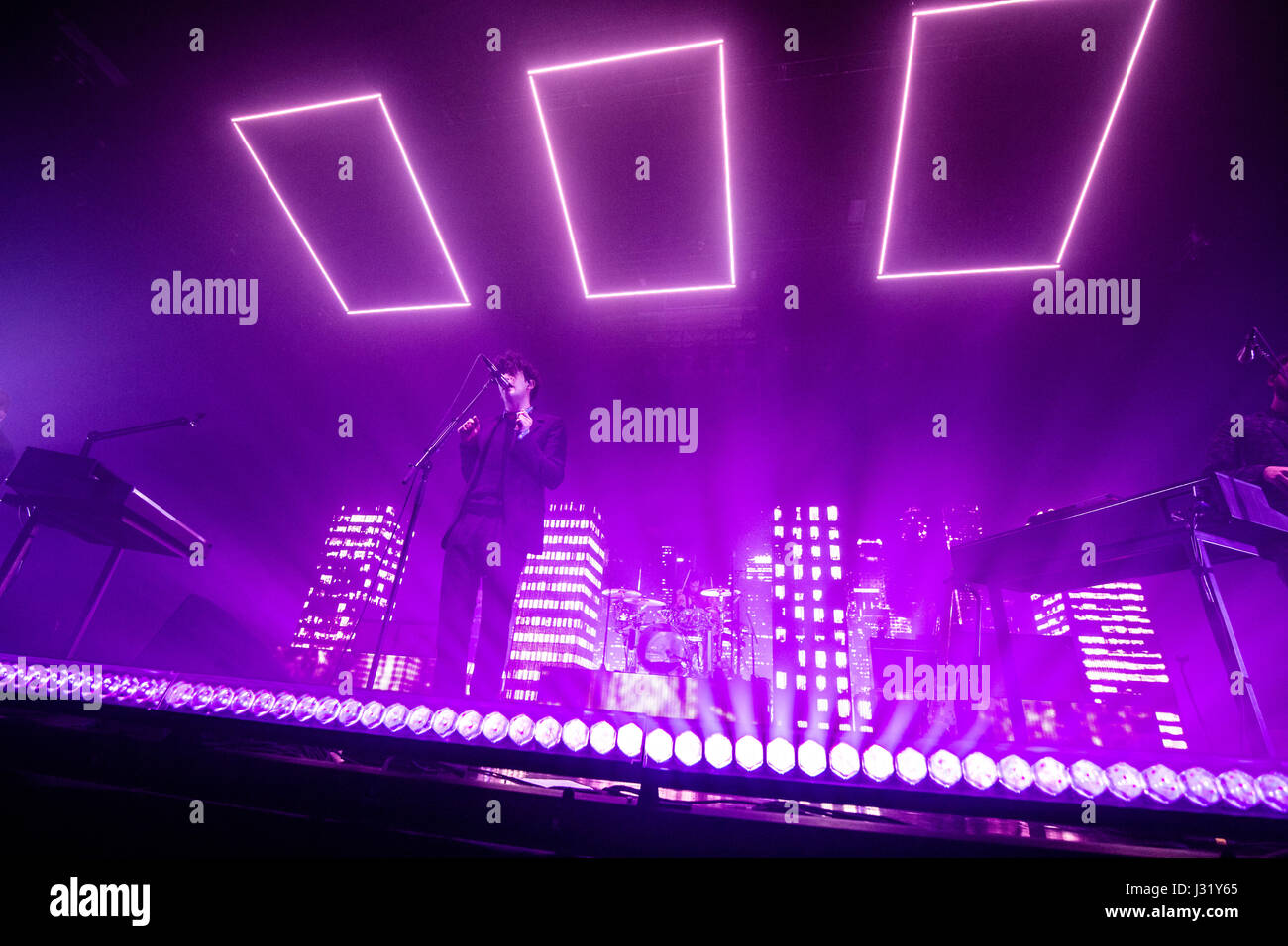 The 1975 @ PNE Forum - May 1st 2017 Credit James Jeffrey Taylor/Alamy Live News & Vancouver Canada. 01st May 2017. The 1975 @ PNE Forum - May 1st ... azcodes.com