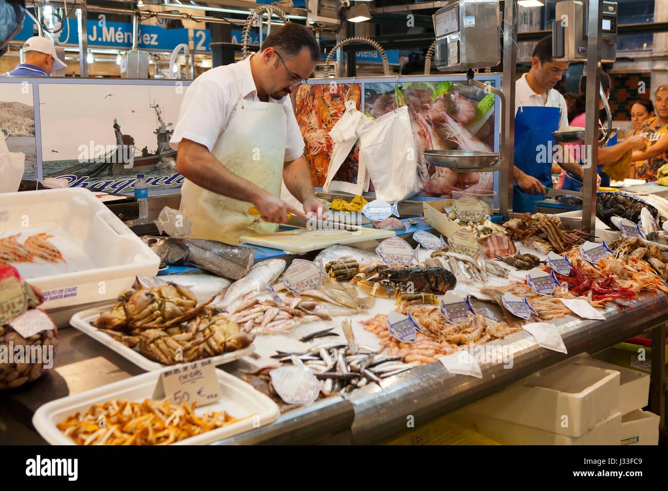 Market hall selling fish and seafood in jerez de la for La fish market