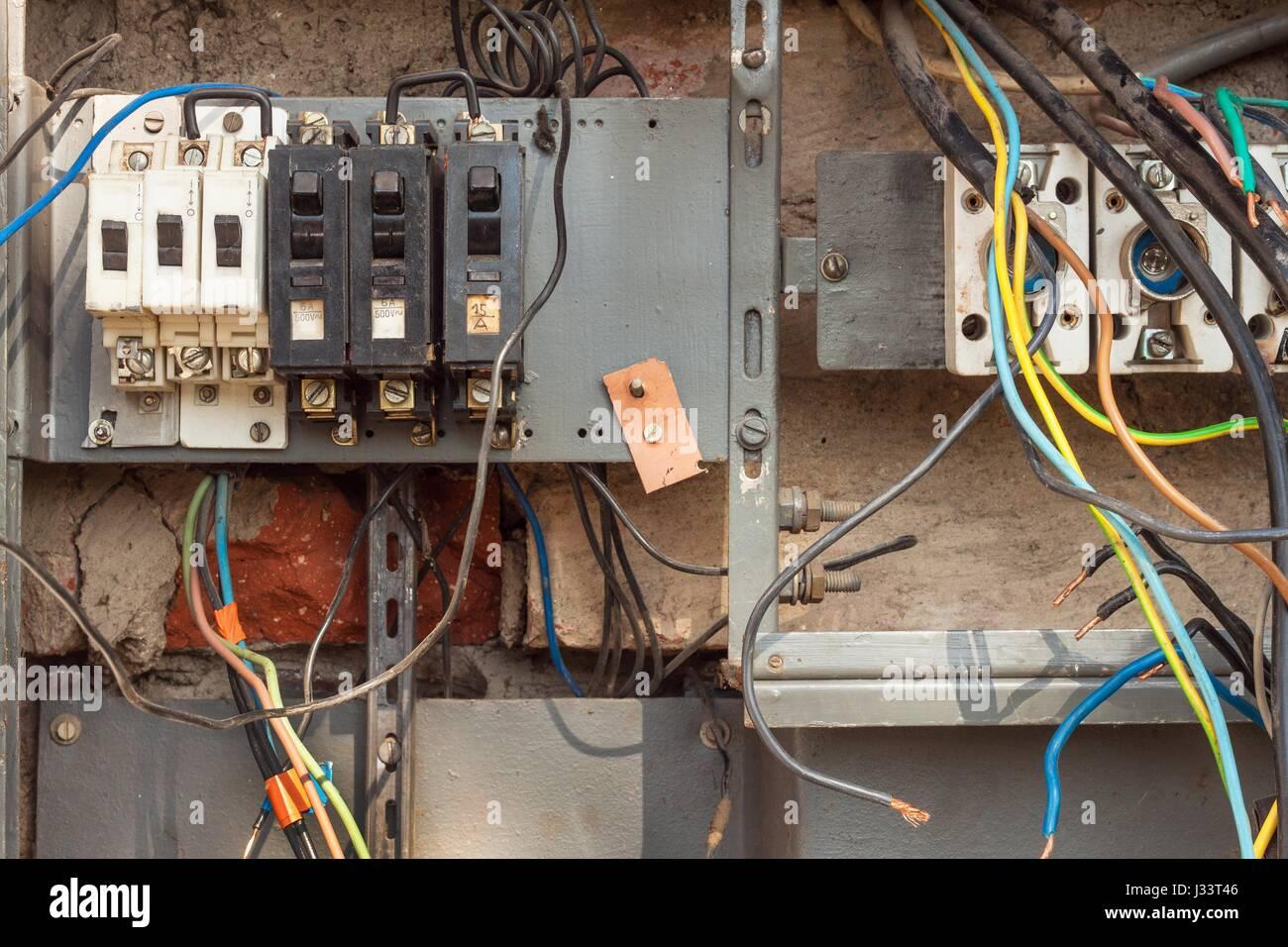 Snap Rewiring An Old House Diagrams Rebuilding Wiring Problems Edge Comp Diagram Redline Odicis