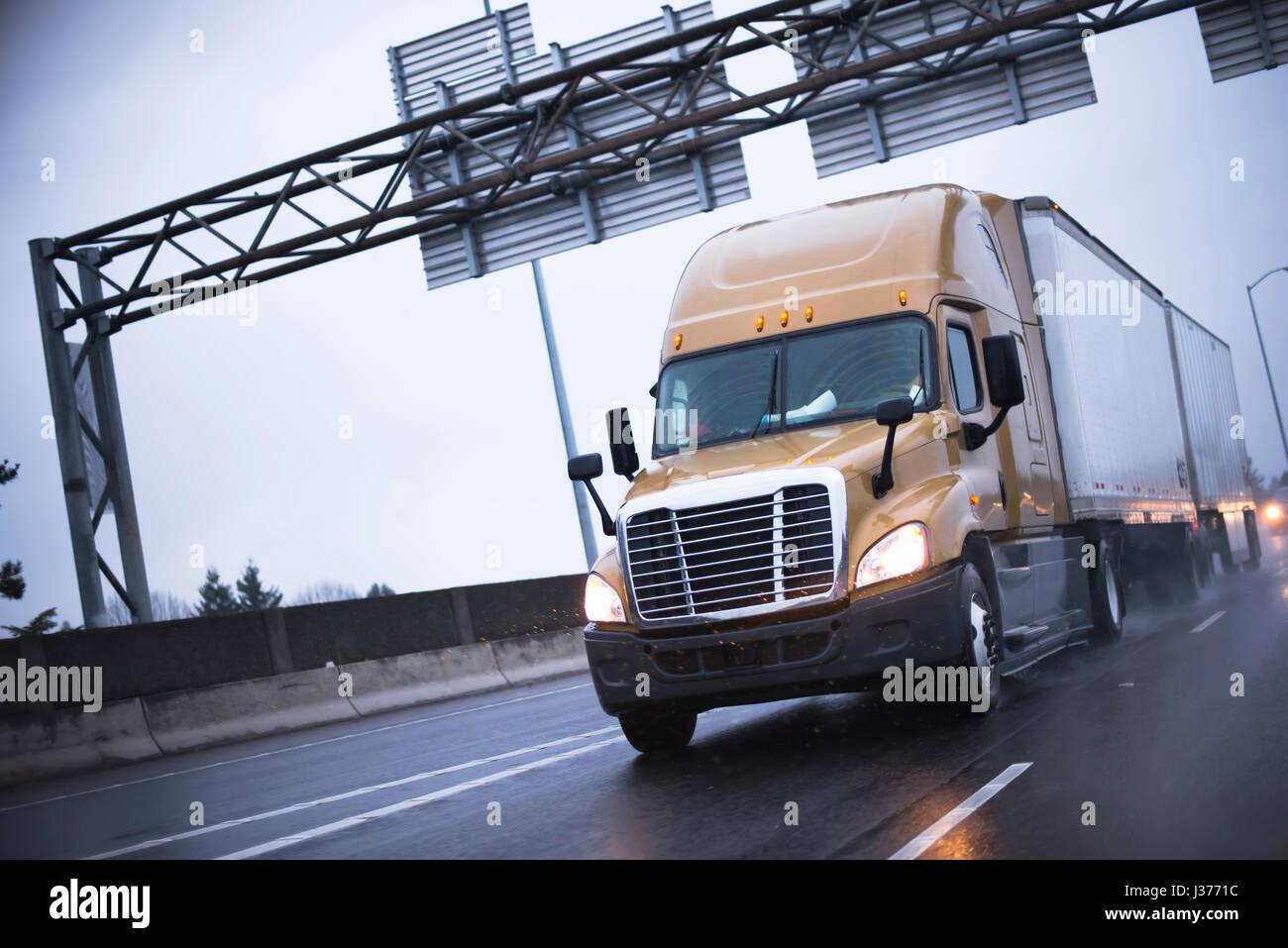 Brown Modern Big Rig Semi Truck Popular Among Drivers