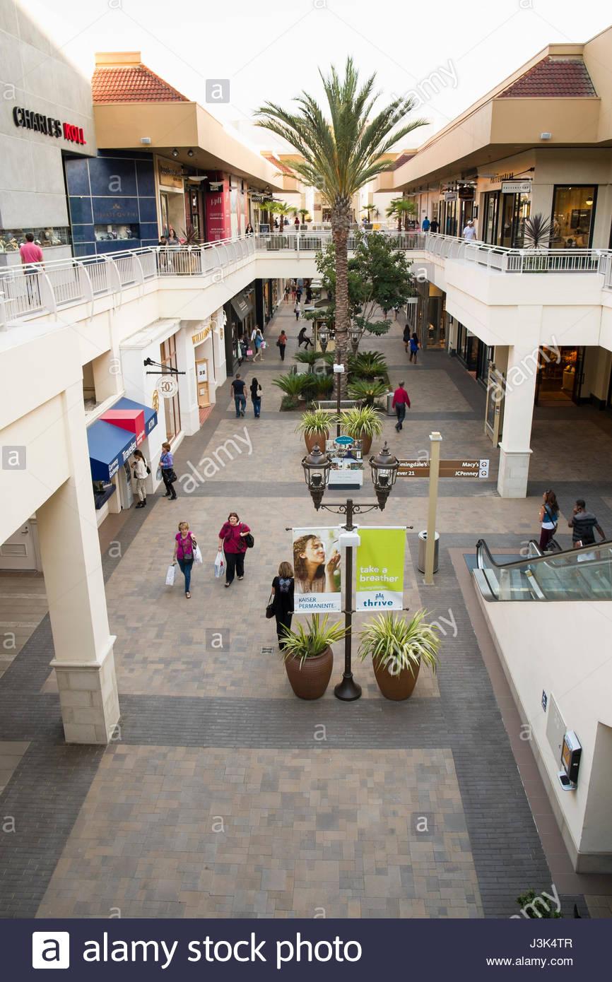 Fashion valley san diego ca 72