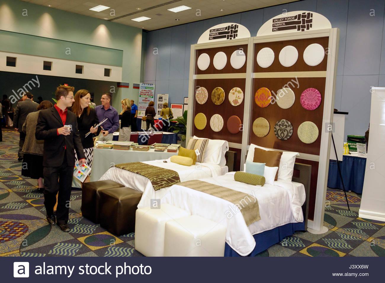 Miami Beach Florida Convention Center Centre Green Lodging Workshop Vendor Trade Show Hotel Hospitality