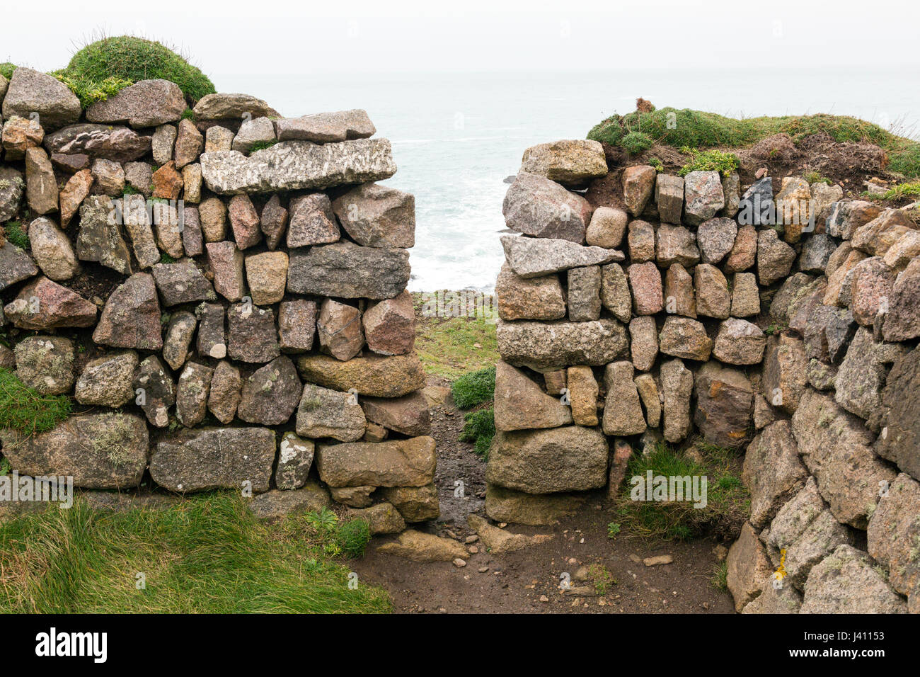 [Image: a-squeeze-stile-in-a-dry-stone-wall-buil...J41153.jpg]