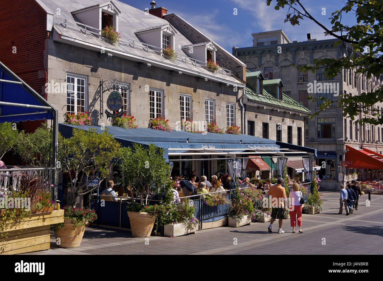 Terrace restaurants place jacques cartier old town for Terrace canada