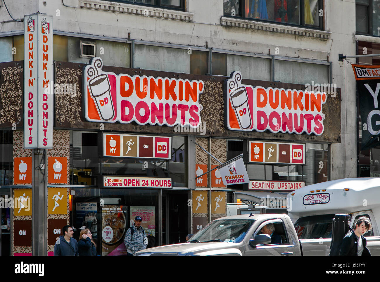 Dunkin Donuts Stock Photos  Dunkin Donuts Stock Images Alamy - Dunkin donuts location map usa