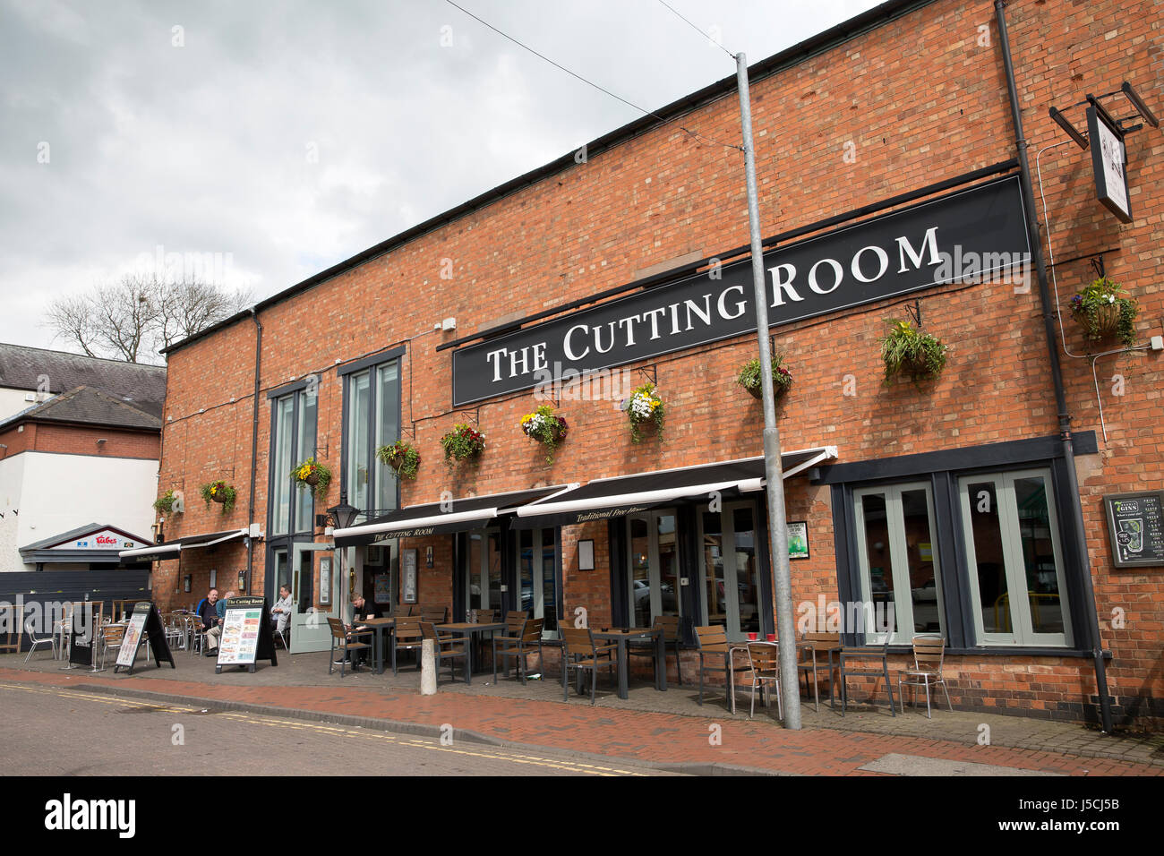 melton mowbray chat rooms Find pub and bar in melton mowbray venues nearby with a function room find the perfect pub for weddings, parties, birthdays and anniversaries.