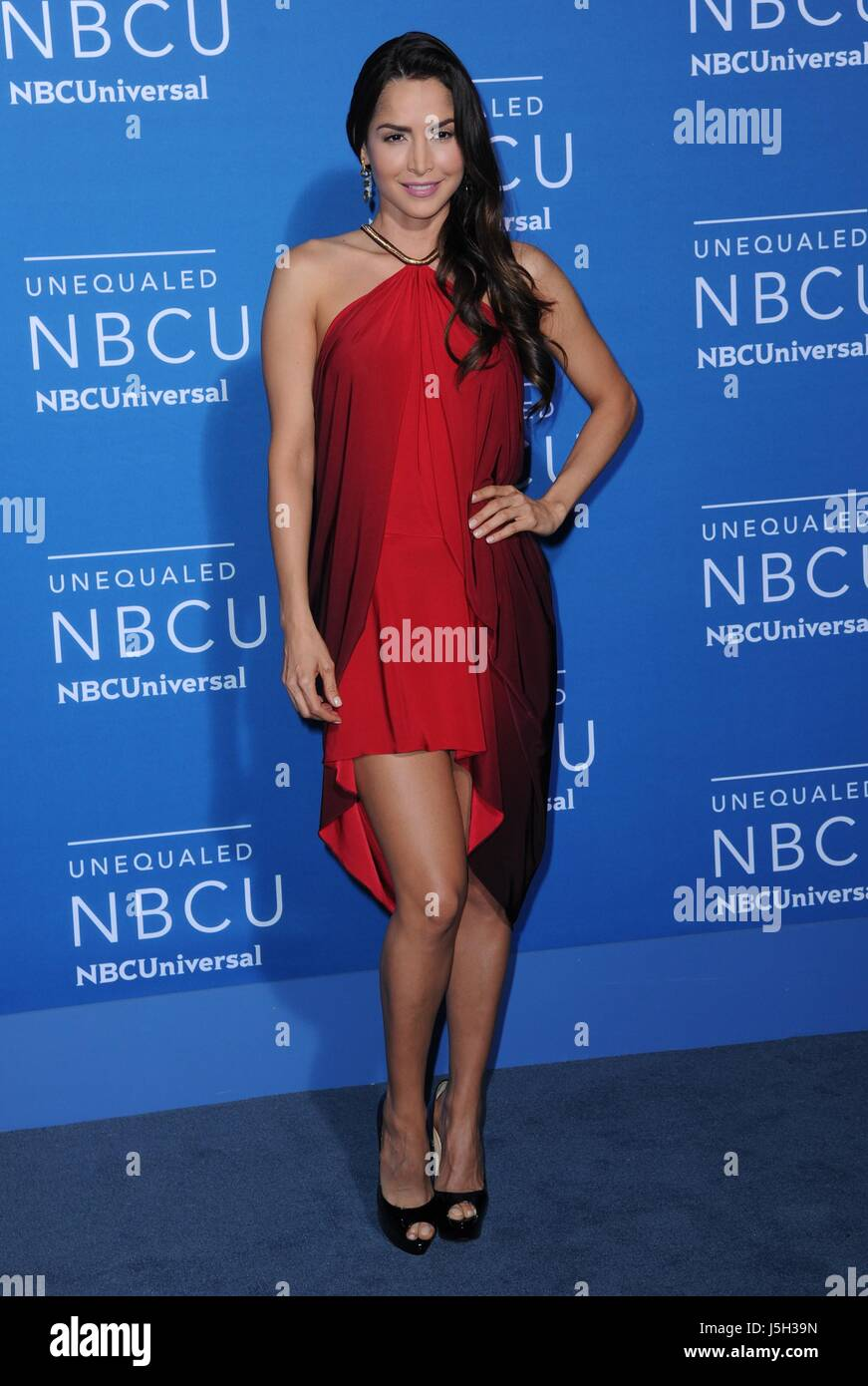 Download carmen villalobos wallpapers to your cell phone carmen - Carmen Villalobos At Arrivals For 2017 Nbcuniversal Upfront Presentation Radio City Music Hall New