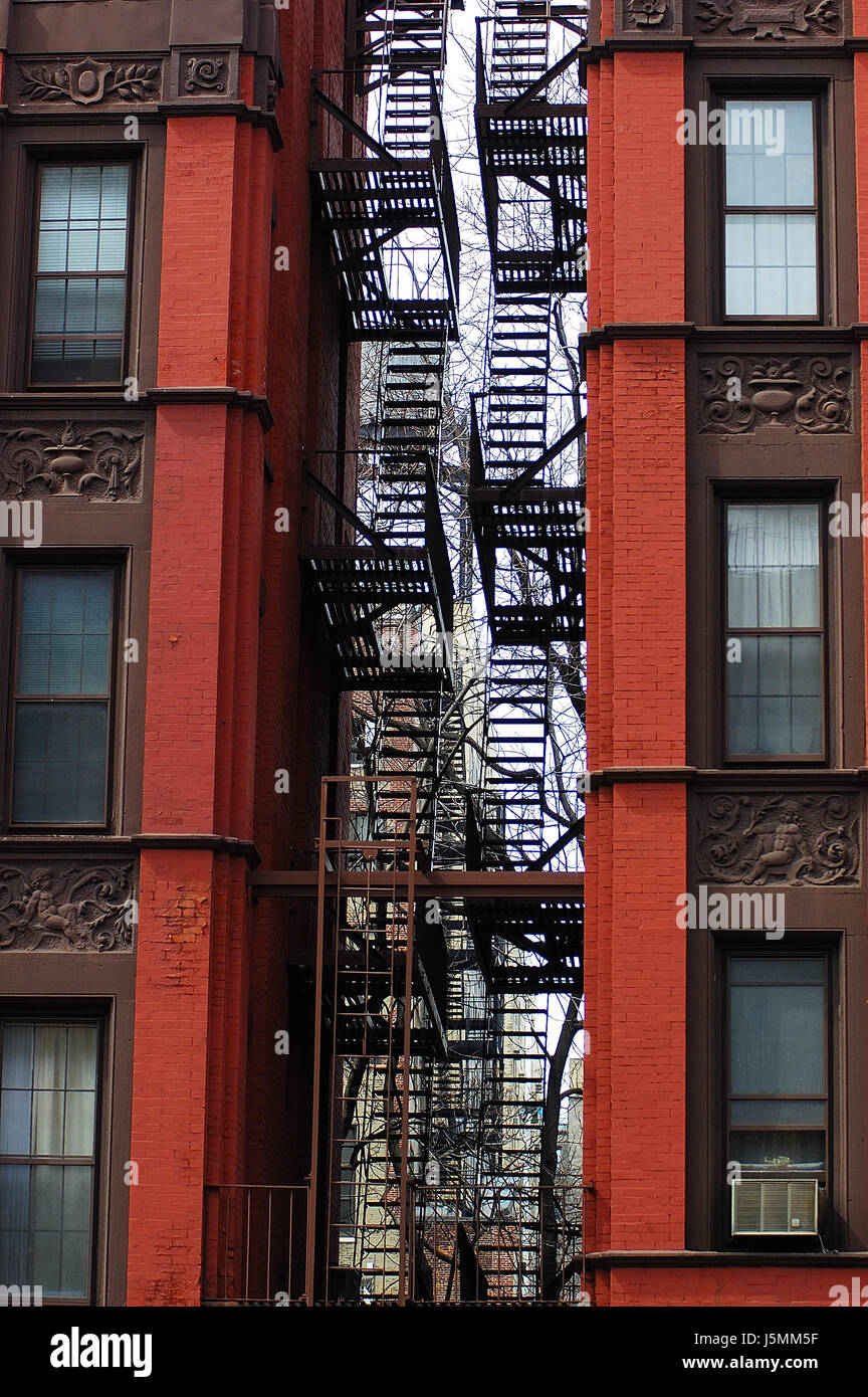 tenement house backyard new york city stock photos u0026 tenement