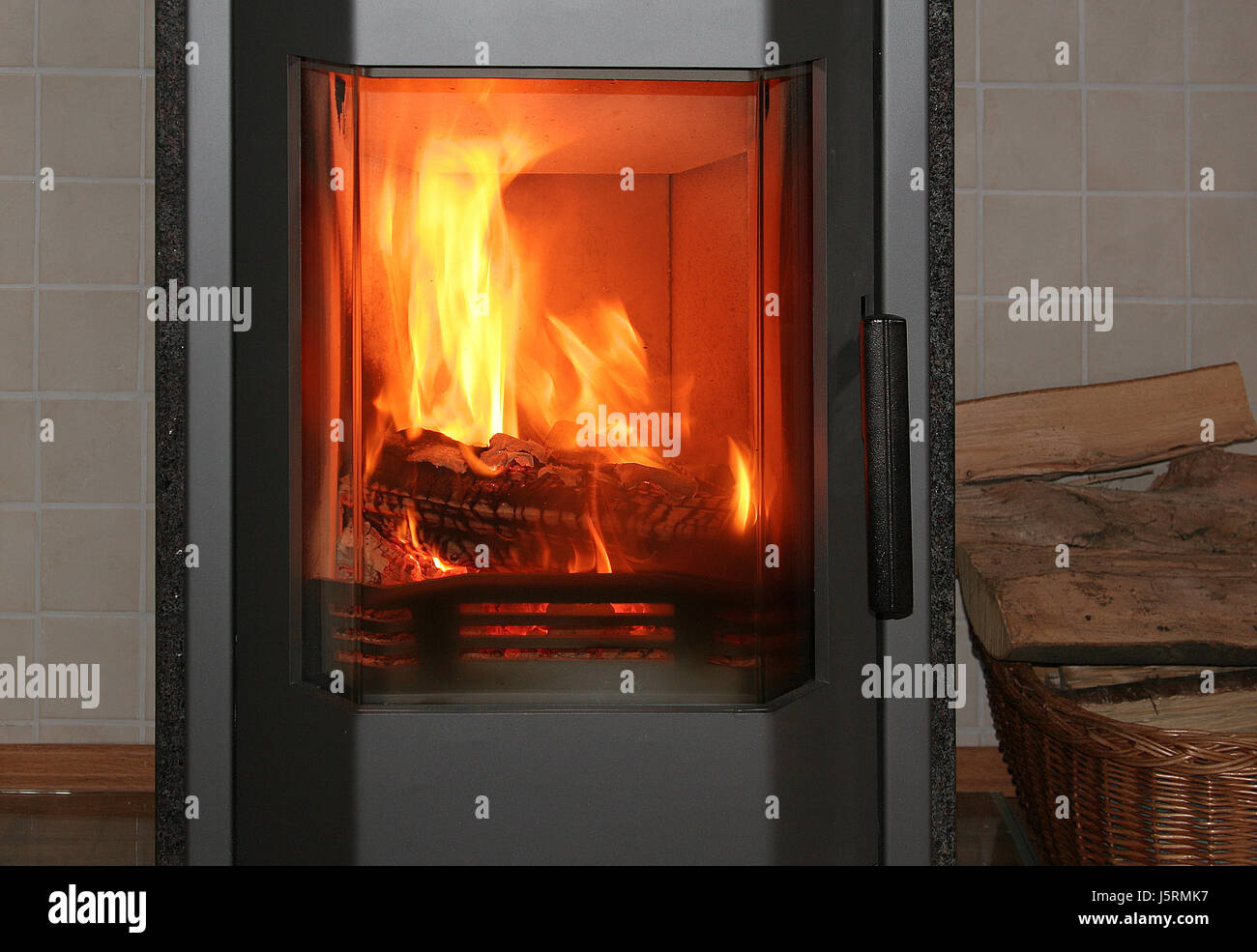 Tile Stove Stock Photos & Tile Stove Stock Images - Alamy