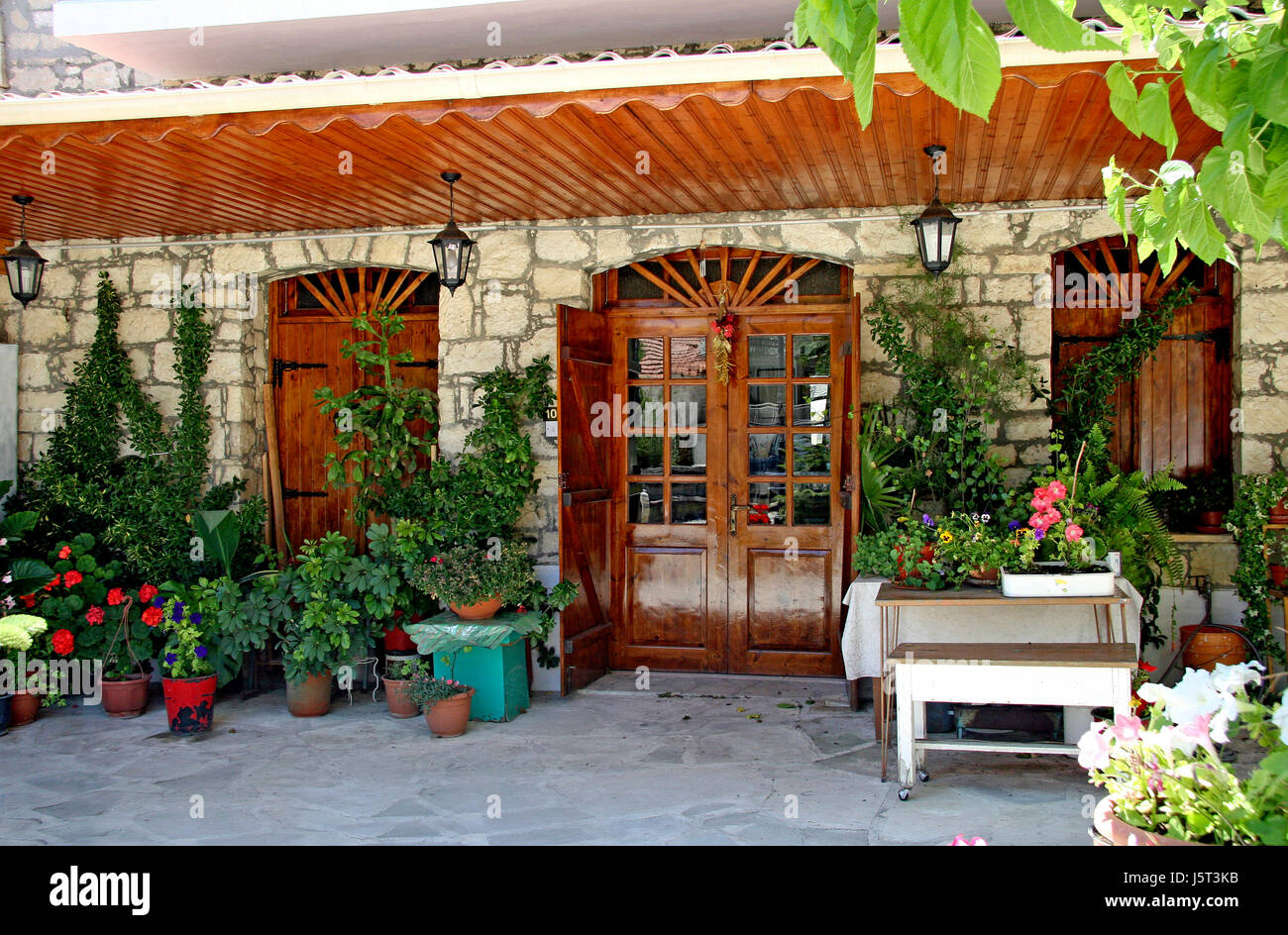 tavern shops stock photos u0026 tavern shops stock images alamy