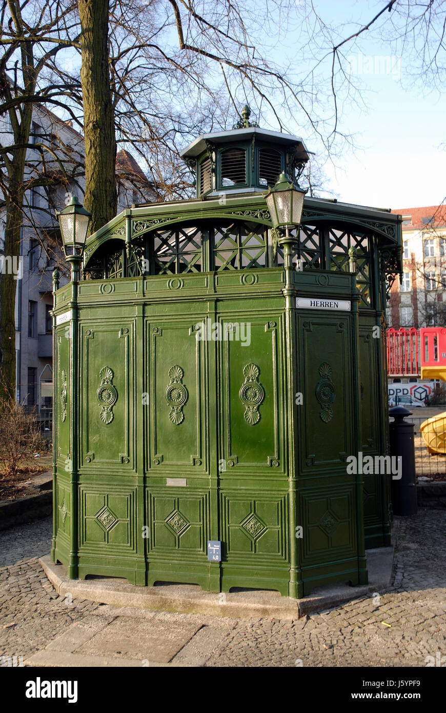 pissoir berlin stock photos pissoir berlin stock images alamy. Black Bedroom Furniture Sets. Home Design Ideas