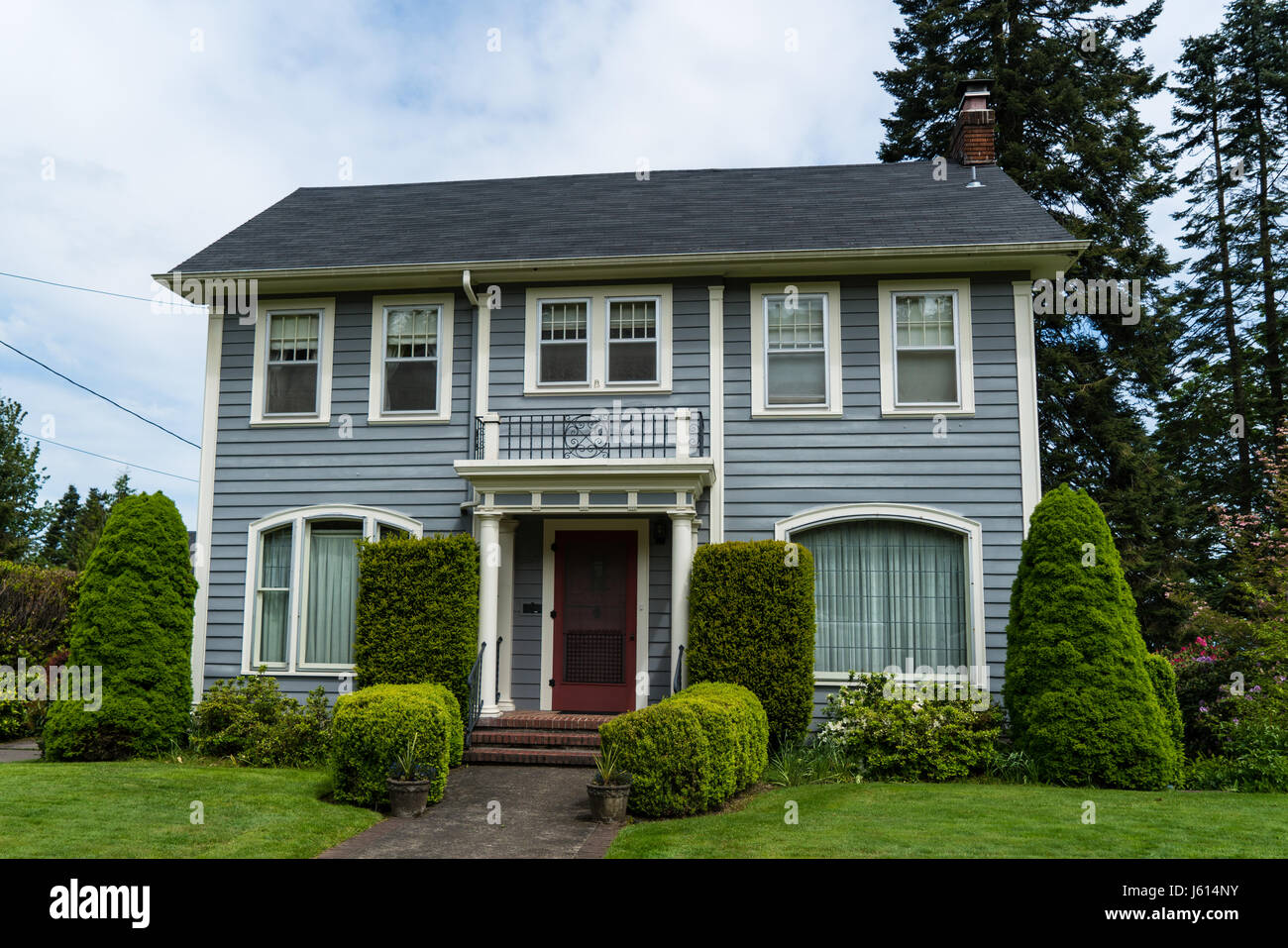 Classic american suburban house in stock photos classic for Classic american style