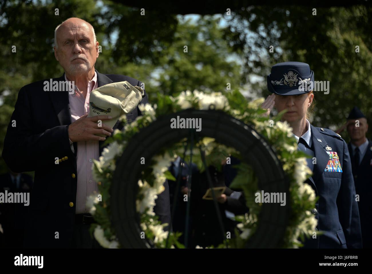 80cade7267 Retired Master Sgt. Joe Martin