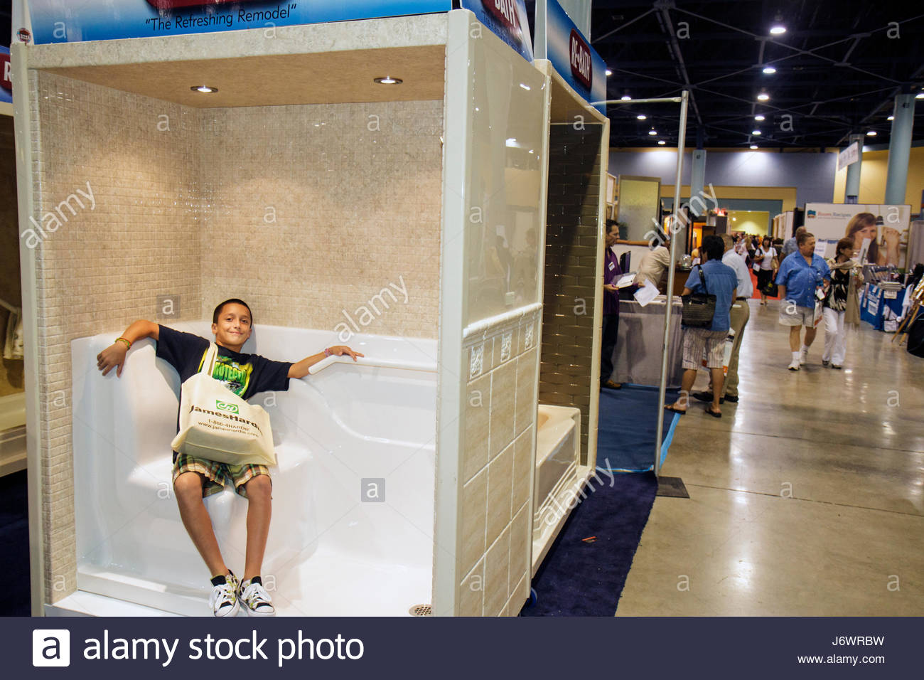 shower stalls stock photos u0026 shower stalls stock images alamy