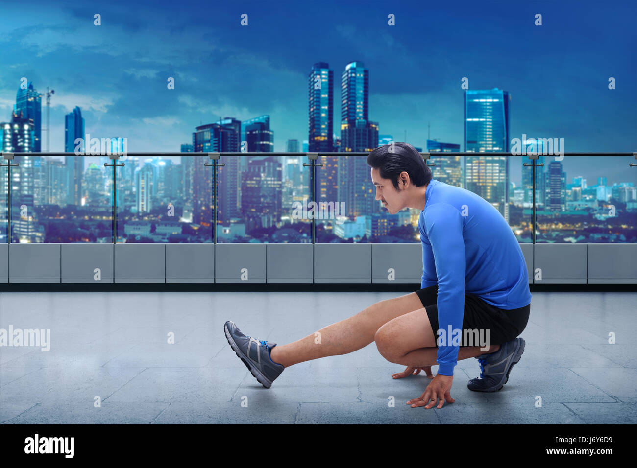 Black gym shoes stock photos black gym shoes stock for Terrace jogging track