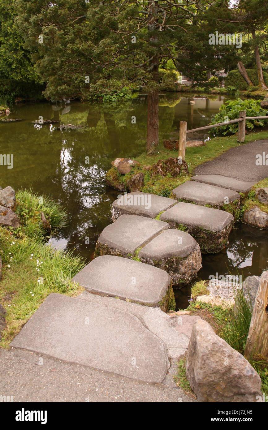 park shiner light lamp luminary japanese japan zen zen garden tower ...