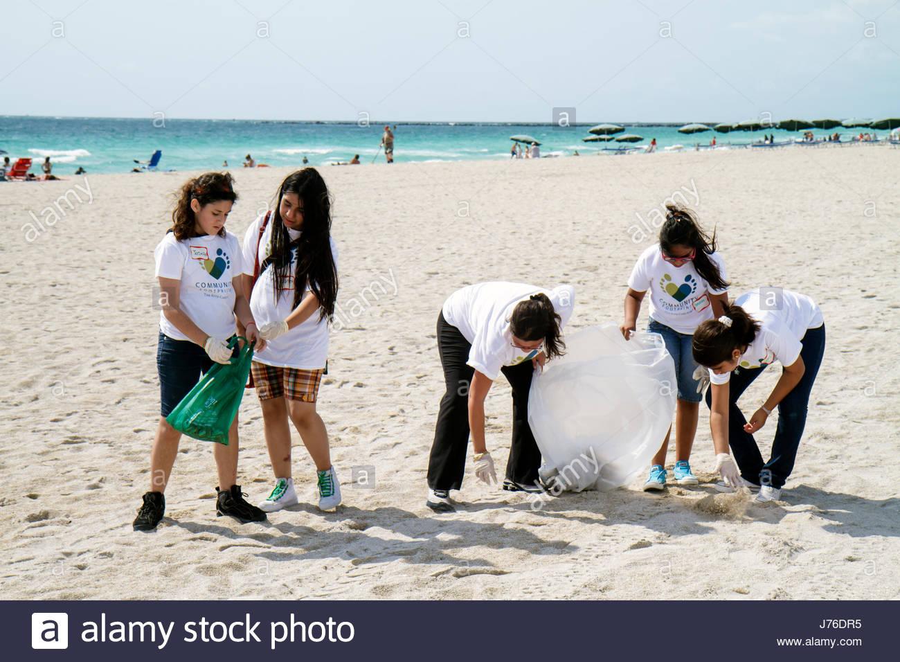 Volunteer Beach Clean Up Florida