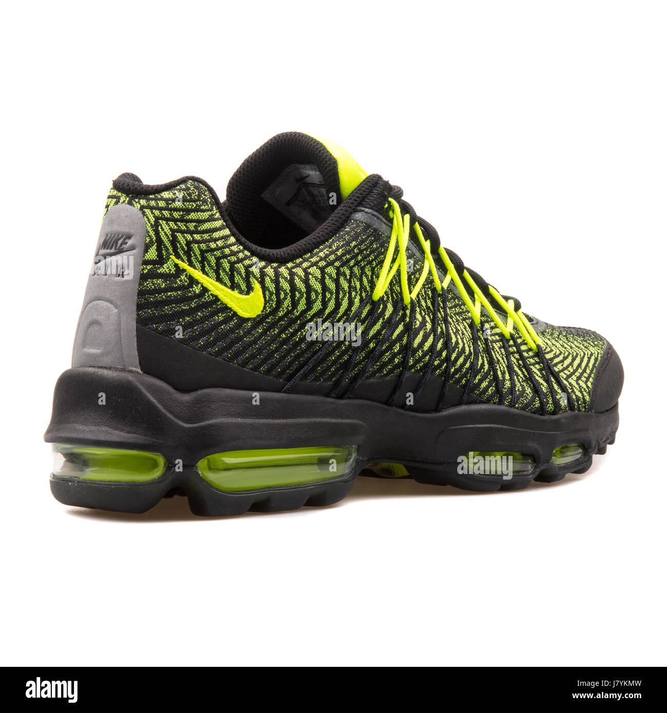 mens nike air max 95 ultra jcrd running shoes