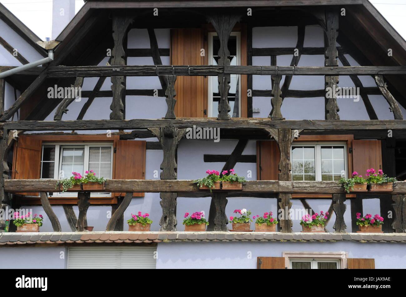 Fenster Fachwerkhaus ill illhaeusern fenster blumenfenster frankreich haus stock