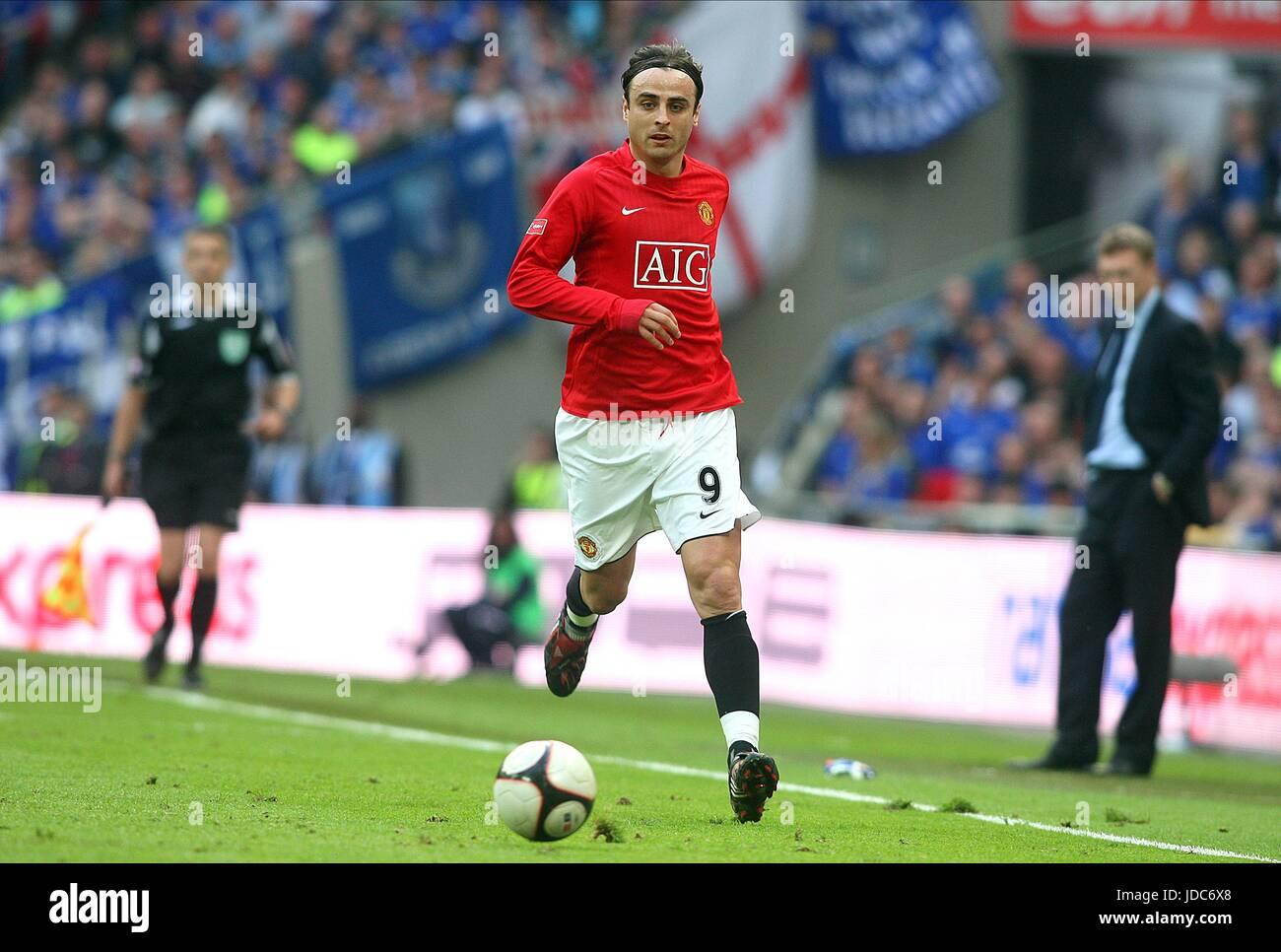 DIMITAR BERBATOV MANCHESTER UNITED FC WEMBLEY STADIUM LONDON
