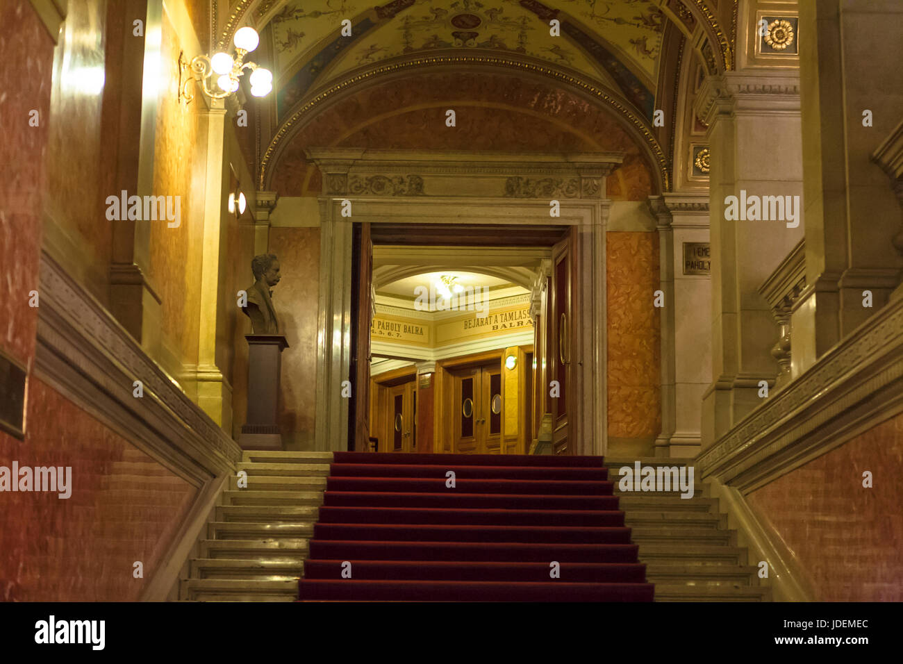 Opera House Foyer : Foyer of the hungarian state opera house andr�ssy �tca