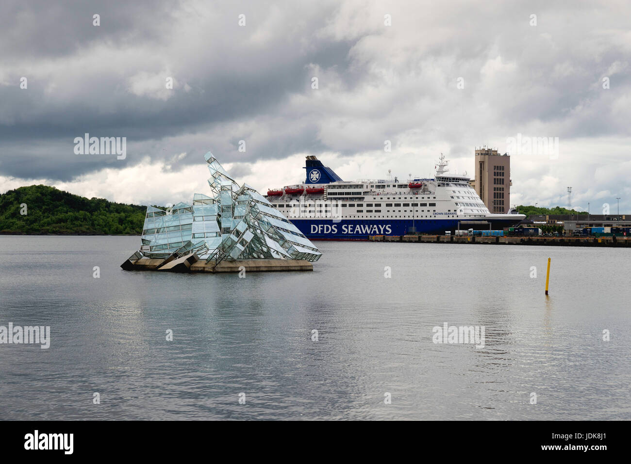 oslo, norway - june 8, 2017: the floating sculpture in front of