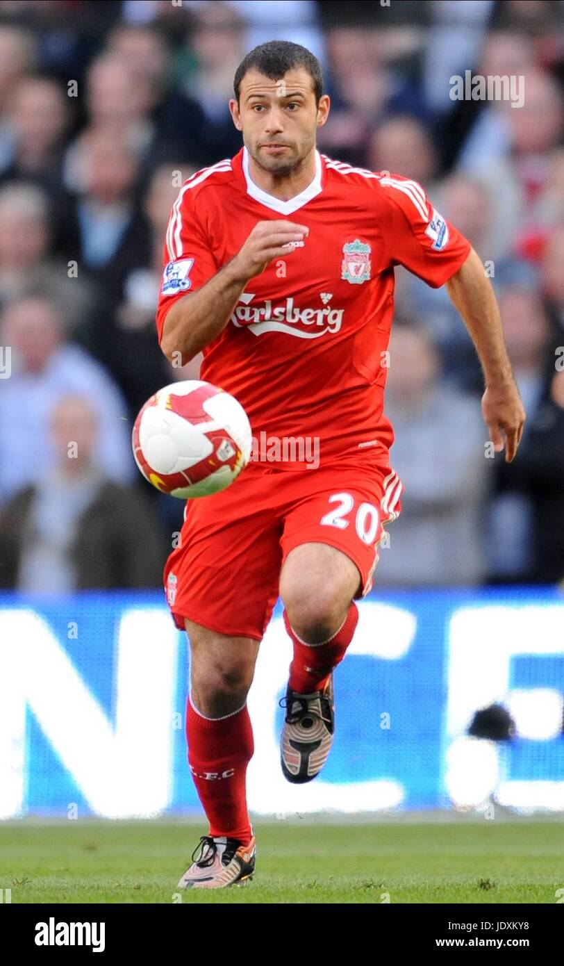JAVIER MASCHERANO LIVERPOOL FC CITY OF MANCHESTER STADIUM