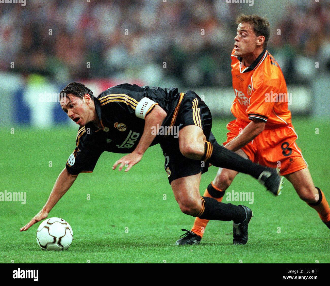 FERNANDO REDONDO & GONZALEZ REAL MADRID V VALENCIA 24 May 2000