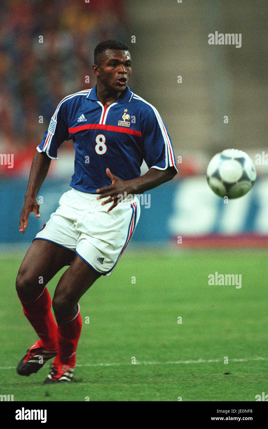 MARCEL DESAILLY FRANCE & CHELSEA FC PARIS STADE FRANCE 02
