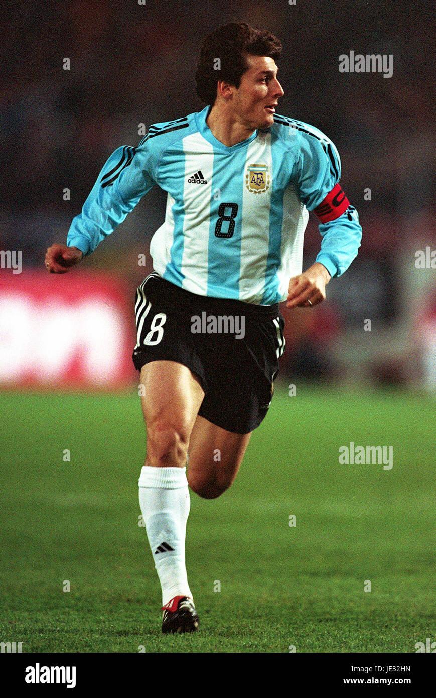 JAVIER ZANETTI ARGENTINA & INTER MILAN FC STUTTGART GERMANY 17